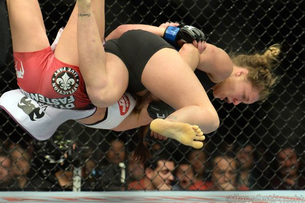 WATCH: Ronda Rousey Trapped in Vicious Submission Move