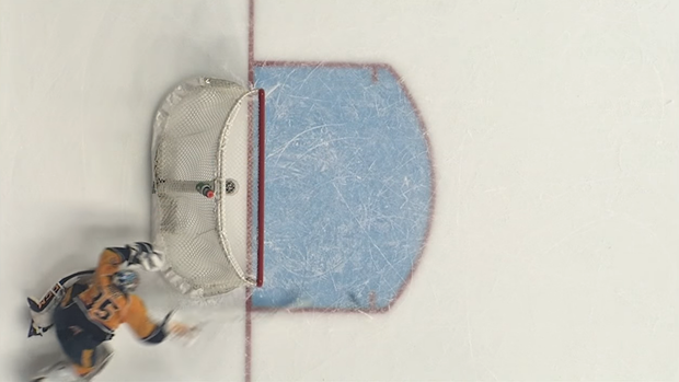 Pekka Rinna Makes a Miraculous Save After Puck Takes Strange Bounce