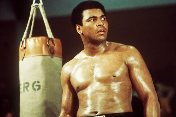 10 Heavyweight Boxing Champs Who Were Stripped Of The Title