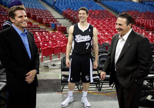 Each NBA Team's Worst Draft Bust