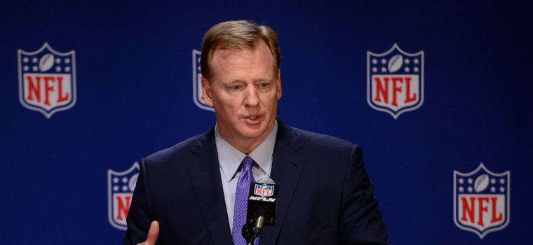 """Roger Goodell When Asked About Colin Kaepernick's Unemployment: """"I'm Not a Football Expert"""""""