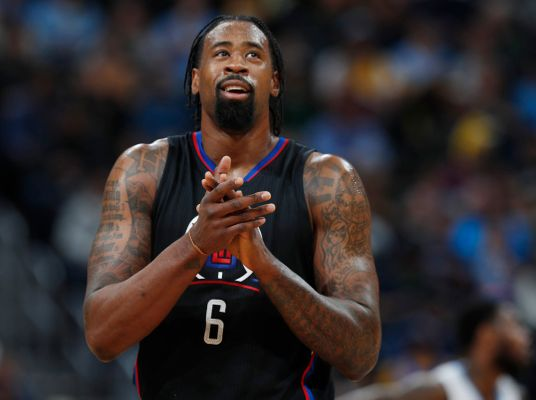 WATCH: DeAndre Jordan Airballs Two Consecutive Free Throws