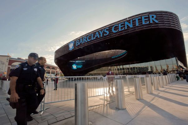 The New York Islanders Are Being Kicked Out of the Barclays Center, Will Soon Be Homeless