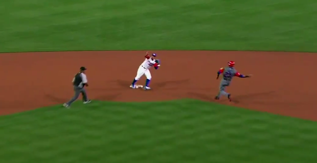 Watch: Javier Baez Was Celebrating This Tag While The Ball Was Still in the Air