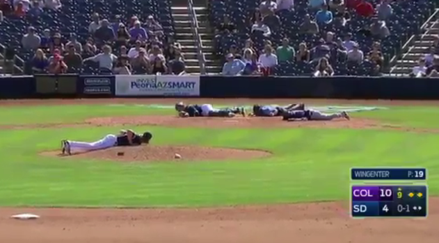 Oh Dear God: Swarm of Bees Invade Spring Training Game