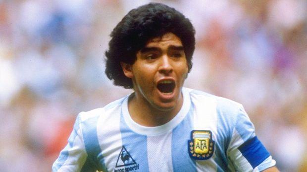 Diego Maradona Might Sue Konami Over His Appearance in 'PES 2017'