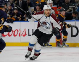 Kings Add Jarome Iginla, Deal Dwight King To Montreal