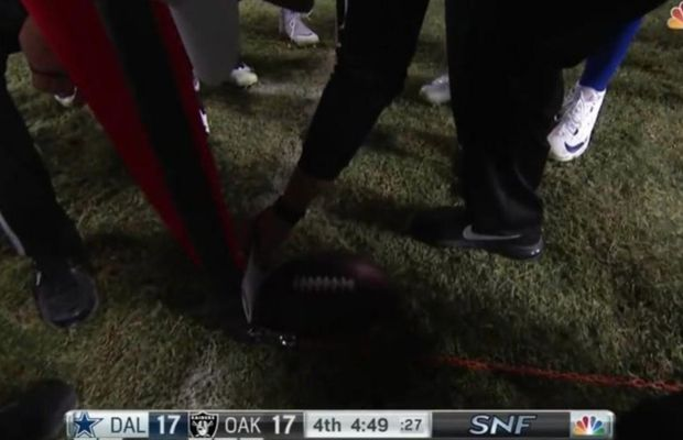 NFL Ref Attempts To Explain Using Paper to Measure First Down, Fails Miserably