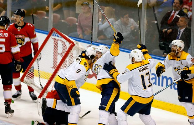 This Bogus Goalie Interference Call Costs The Predators a Game