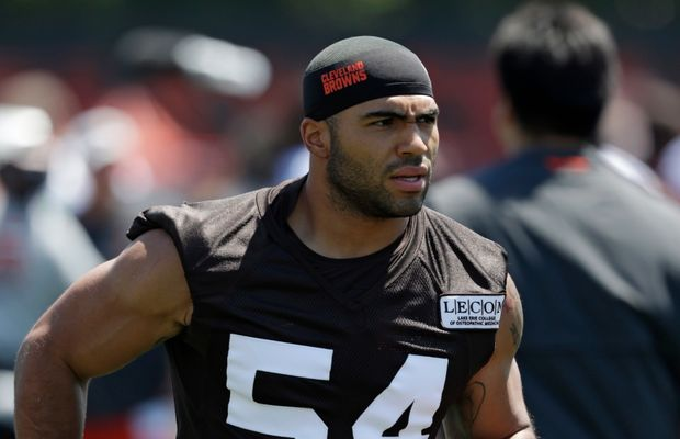 Cleveland Browns Release Mychal Kendricks After He Was Charged With Insider Trading