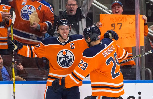 HIGHLIGHTS: Connor McDavid Had Himself a Night With Four Goals, Five Points