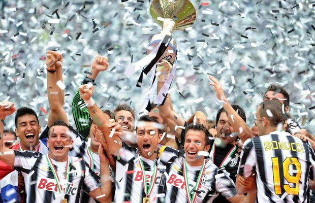 16 European Soccer Teams That Went Entire Seasons Without Losing