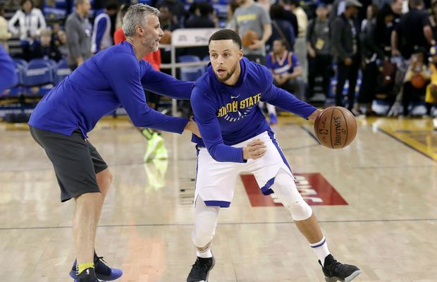 Steve Kerr Gives Us The Bad News About Steph Curry's Knee Injury
