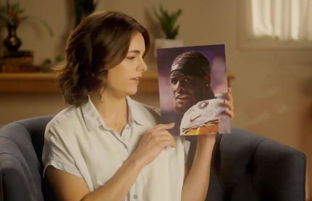 WATCH: Hilarious Spoof PSA For Le'Veon Bell's Continued Holdout